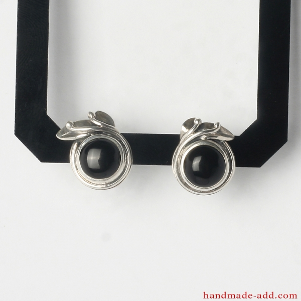 Stud Earrings. Sterling Silver Earrings with Round Black Onyx