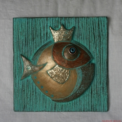 The Goldfsh - pottery wall hanging fish with crown