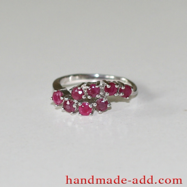 Sterling Silver Ring with genuine Rubies Round Cut.