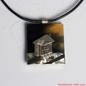 "One-of-a-kind necklace ""Home Sweet Home"""