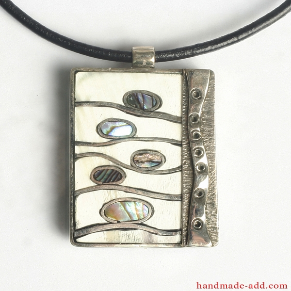 "Nautical theme gift for women | Necklace ""Ocean Waves"""