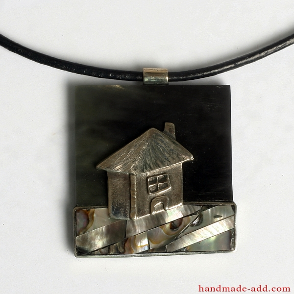 "Unique necklace ""Home Sweet Home"""