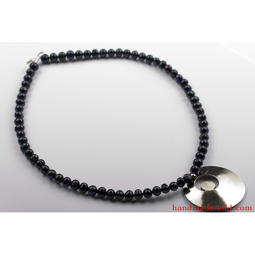 japanese akoya quality aa pearl necklace black pearls