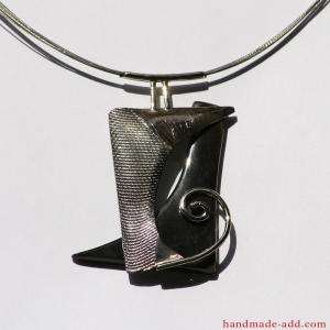 "Unique necklace ""Intimately"""
