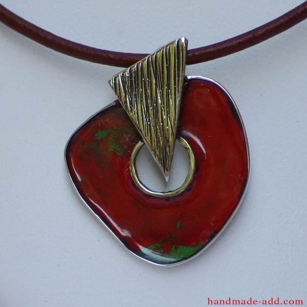 Choker necklace. Red and green color enamel, fine leather cord, stainless steel pendant