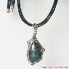 Silver Necklace Chrysocolla. Sterling Silver Necklace with Chrysocolla.