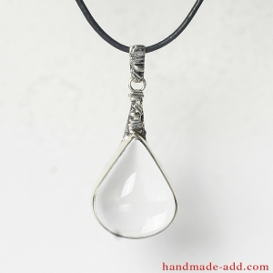 Silver Necklace Quartz. Sterling Silver Necklace with Clear Quartz