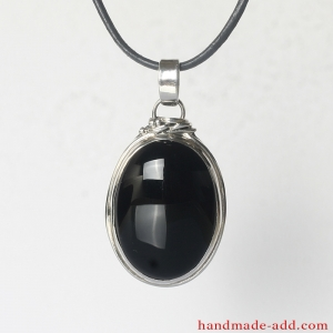Silver Necklace Pendant Onyx. Sterling Silver Necklace with genuine Onyx.