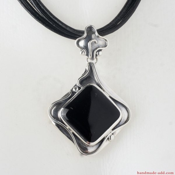 Silver Necklace Pendant Square Onyx. Sterling Silver Necklace with genuine Onyx.