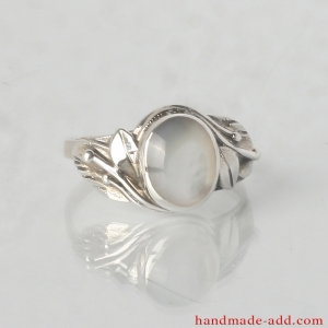 Sterling Silver Ring with Genuine Mother-of-pearl