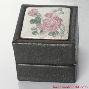 Gift box . Vintage Leather Gift Box . Unusual gifts for Christmas.